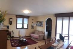 Roncadelle – Trilocale con garage