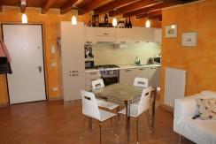 Azzano Mella – Bilocale con doppi servizi e garage