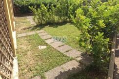 Fornaci – Bilocale con giardino