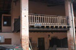Castel Mella – Appartamento con portico e magazzino