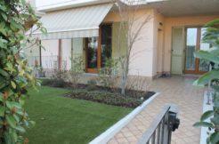 Torbole Casaglia – Trilocale con giardino