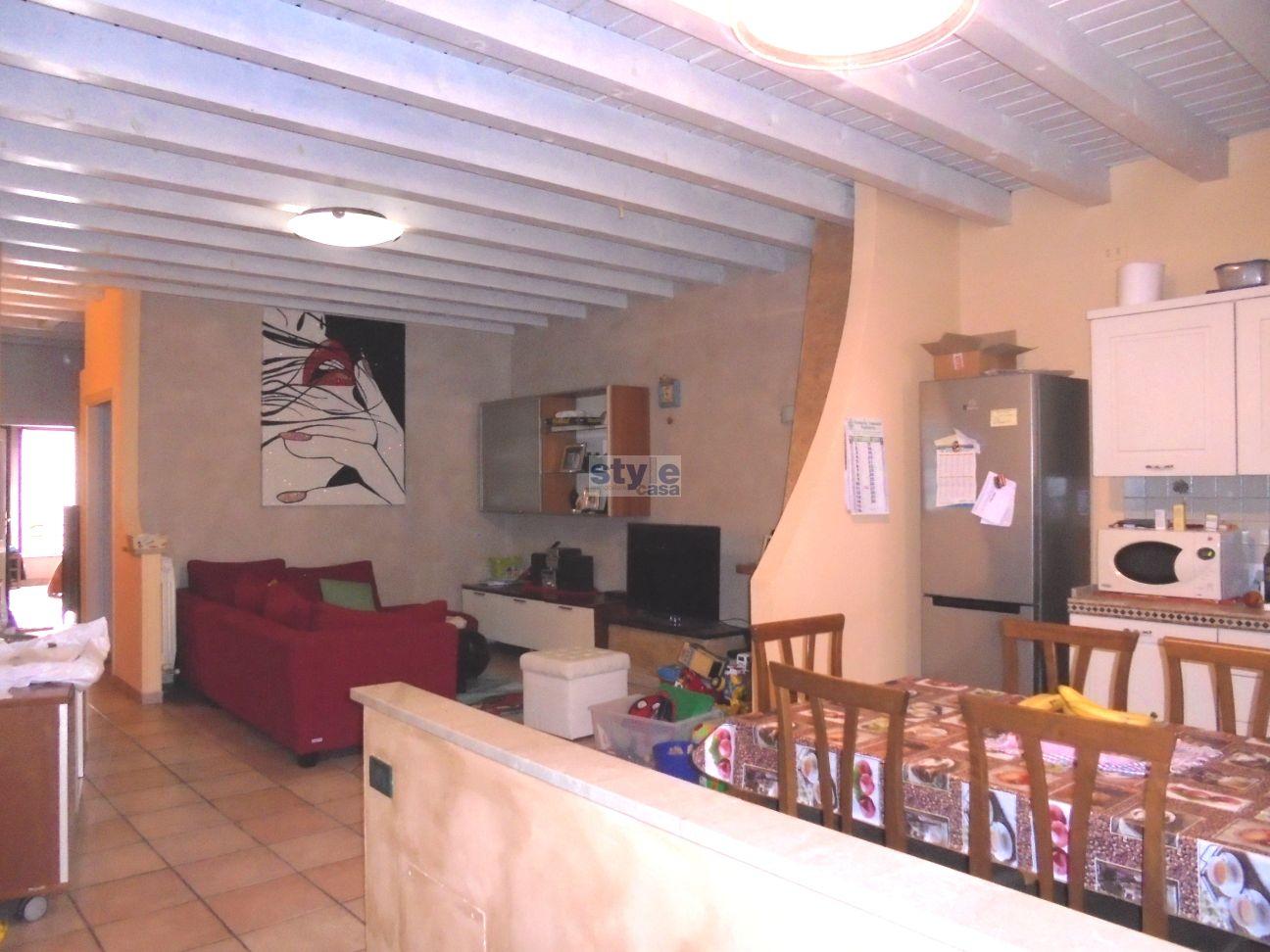 Ospitaletto – Ampio appartamento con mansarda