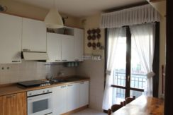 Castel Mella – Ampio trilocale con garage