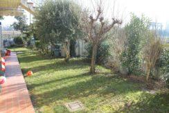 Pievedizio – Trilocale con giardino